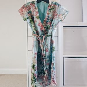 CHARLOTTE RUSSE | BLUE FLORAL WRAP DRESS